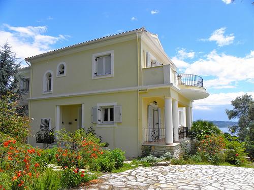 die g nstige marktlage f r den erwerb griechischer immobilien und ein blick nach deutschland. Black Bedroom Furniture Sets. Home Design Ideas