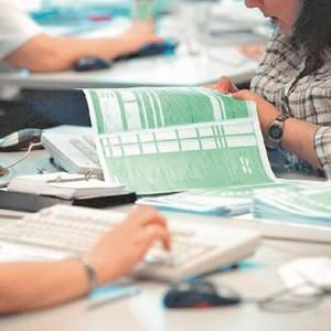 Anleitung zum Ausfüllen des Steuerformulars E9 für 2015